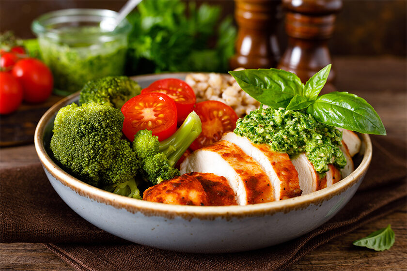 Healthy Pesto Chicken and Veg Salad